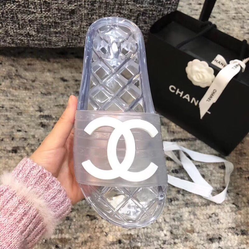 2019 NEW Chanel shoes 051926