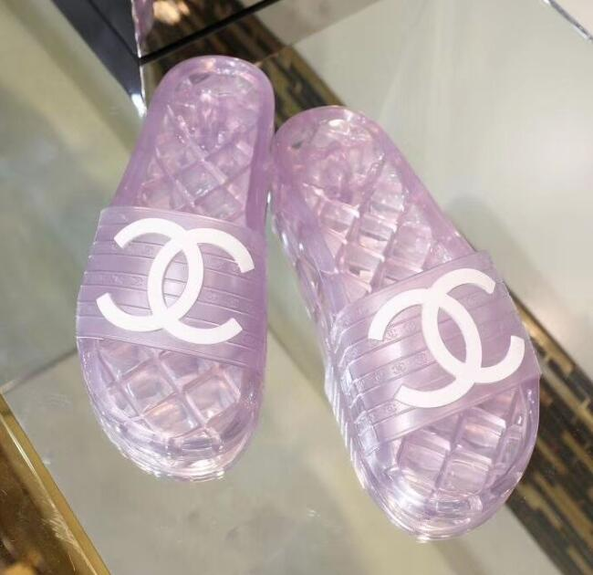 2019 NEW Chanel shoes 051927