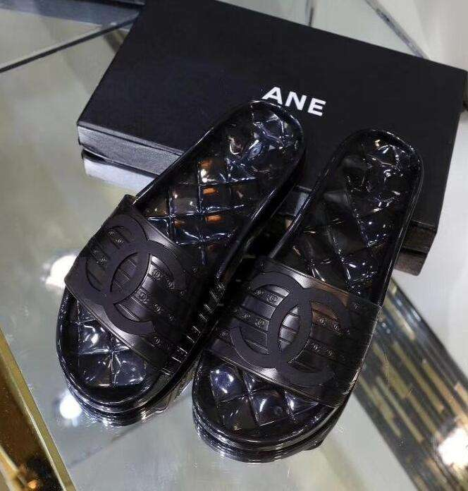 2019 NEW Chanel Shoes 051928 black