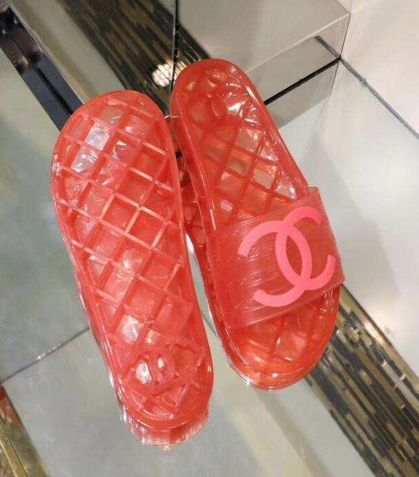 Chanel Shoes 051928 red