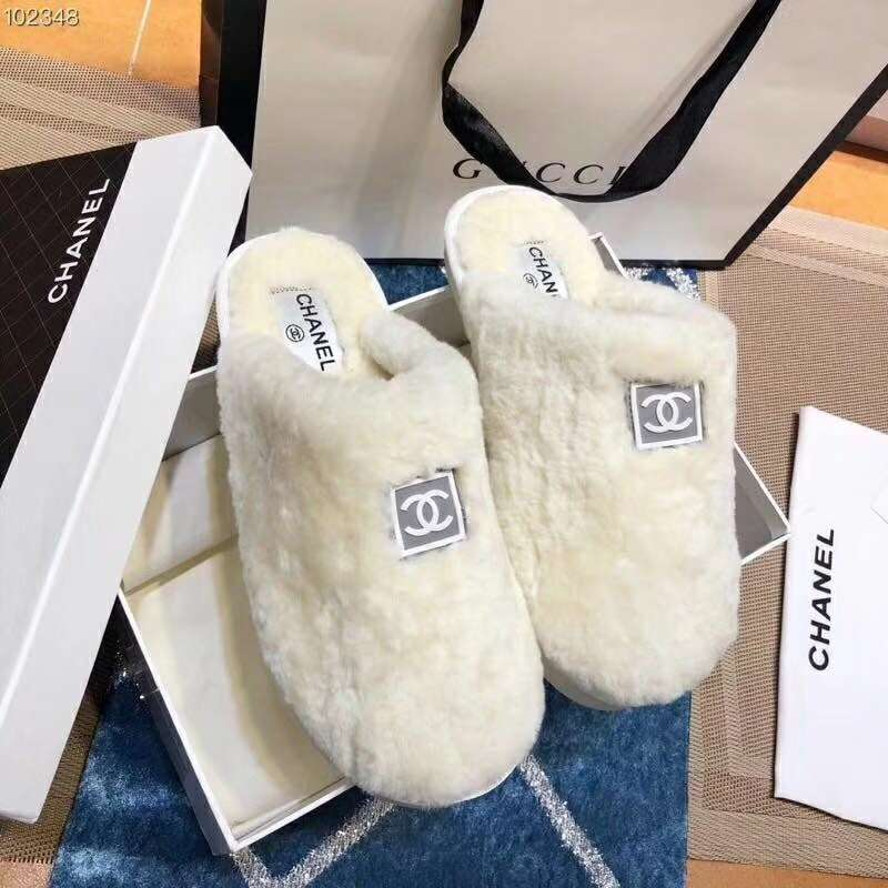 2019 NEW Chanel Real leather shoes Chanel 102348 White