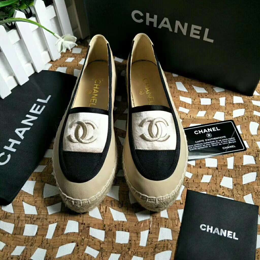 2019 NEW Chanel Real leather shoes Chanel 102601 apricot