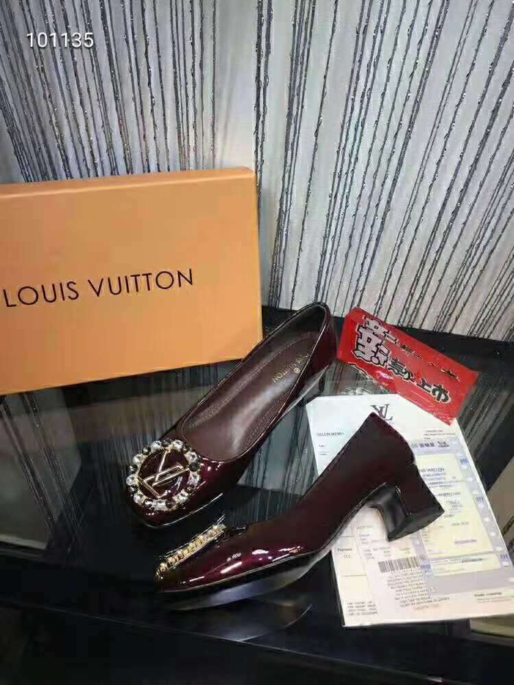 2019 NEW Louis Vuitton Real leather shoes LV101135brown