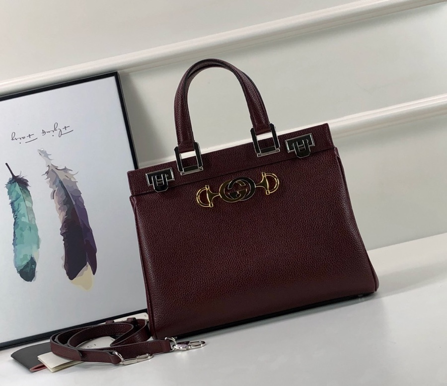 Gucci Zumi grainy leather small top handle bag 569712 dark red