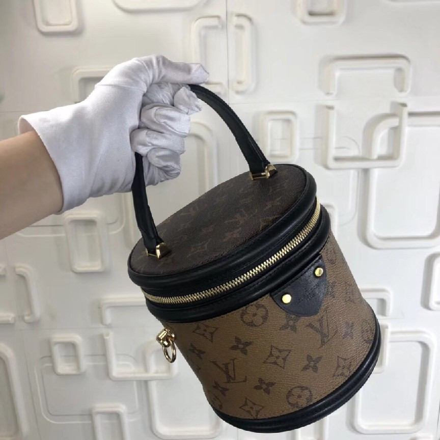 Louis Vuitton Monogram Reverse Canvas CANNES M43986