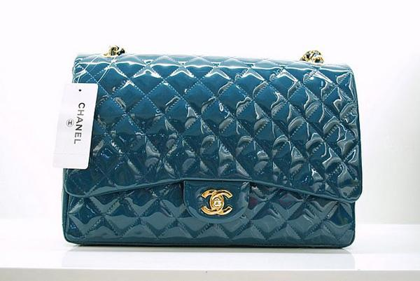 Chanel 36070 Green Original Patent Leather handbag With Gold Hardware